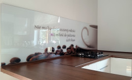 Panel szklany z ziarnami kawy